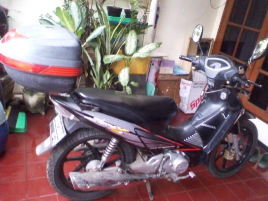 motor di rumah
